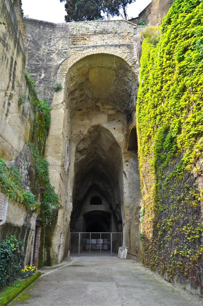 Cripta Napolitana