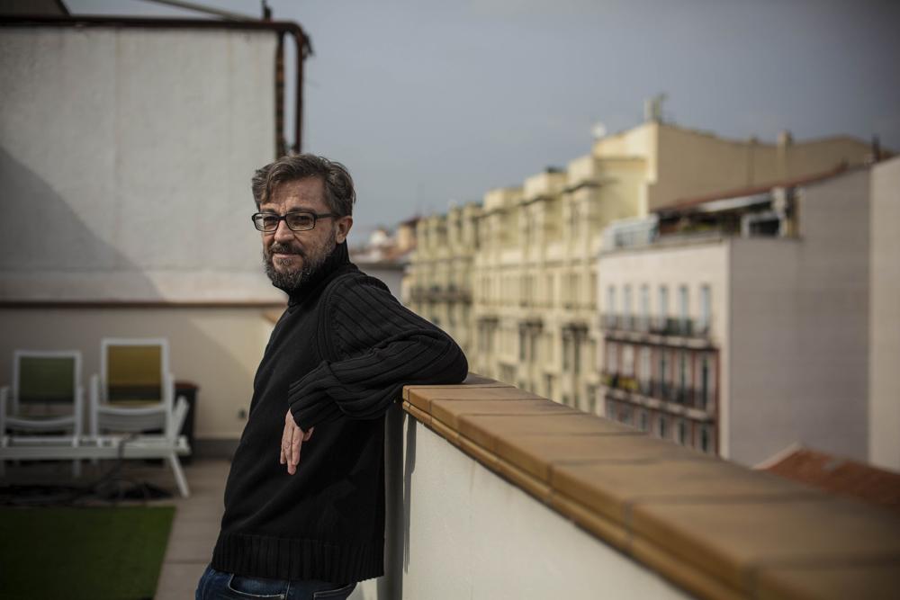 Javier Durán, en la terraza de su piso, en la calle Atocha de Madrid, el 5 de marzo. Jairo Vargas