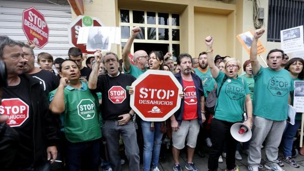 Protesta contra un desahucio - EFE
