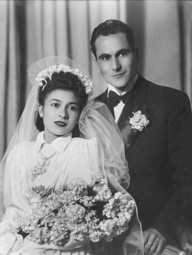 Ascensión Mendieta junto a su marido, Francisco Vargas, el día de su boda.- ARCHIVO FAMILIAR
