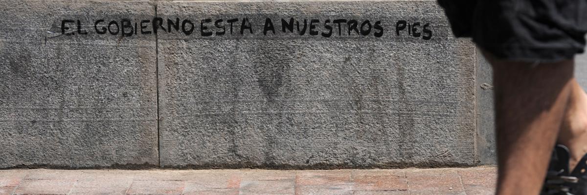 Pequeña pintada en la Puerta del Sol de Madrid en mayo de 2011.- FERNANDO SÁNCHEZ